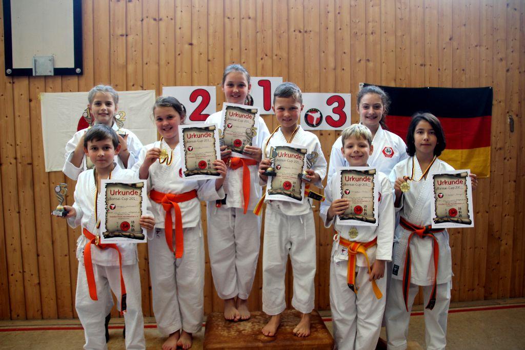 Karatejugend erfolgreich auf Bonsai Cup 2017